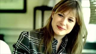 Download Württembergische Versicherung ″Interview″-Kampagne. Mutterinstinkt. Video