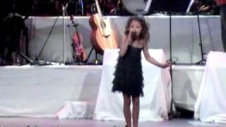 Download Rockin' Around the Christmas Tree - Brenda Lee (Avery Winter, 2010) Video