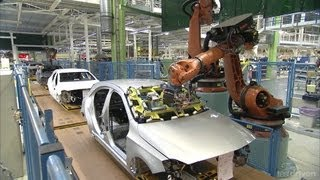 Download Mercedes A-Class Production line Video