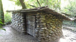 Download Construction d'une cabane en pierre Video