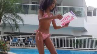 Download Desafio da piscina com thayla gomesss e suas brincadeiras Video