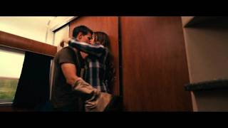 Download Abduction Kiss Scene (Taylor Lautner & Lily Collins) Video