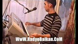 Download Macır Piyanist Kara Ferdi - Varnada Diskoteka 2009 (RadyoBalkan MACIRLARIN RADYOSU ) Video