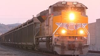 Download MASSIVE FREIGHT TRAINS !!! Video