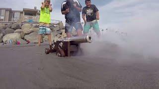 Download Fidget Spinners vs Super Wubble Bubble & Mini Blaster!! Carl and Jinger Video