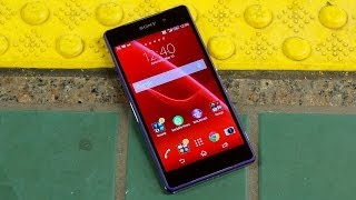 Download Xperia Z2 Review: Worth Every Penny Video