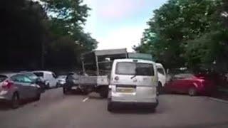 Download 5jun2018 chain accident btw car , lorry & van on pie towards tuas Video