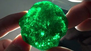 Download How to Make a Gemstone Slime : Emerald Green Slime Kryptonite Putty - Elieoops Video