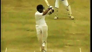 Download (HQ)Sachin Tendulkar 92 rips apart West Indies - Barbados 1997 Video
