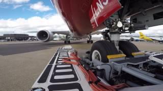 Download Ramp Life: Norwegian B787-9 TBL pushback HD Video