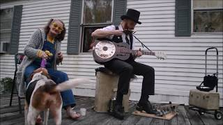Download Chris Rodrigues & Abby the Spoon Lady - I Wake Up With The Blues Video