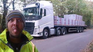 Download É cada coisa que caminhoneiro passa 🤐 Video