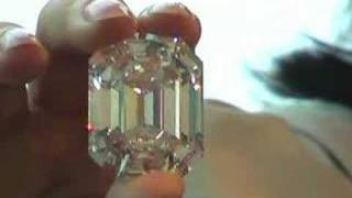 Download Diamond dealer offers flawless advice Video