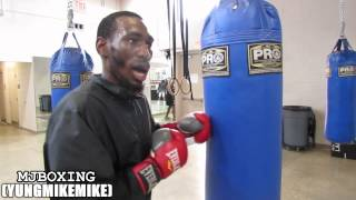 Download ROBERT EASTER TRAINING FOR 9/6/14 AT HEADBANGERS GYM IN DC Video