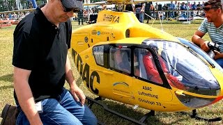 Download THE WORLD´S BIGGEST RC SCALE MODEL TURBINE HELICOPTER EC-135 ADAC NOTARZT CHRISTOPH 33 Video