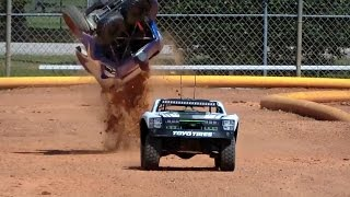 Download SCALE OFFROAD RC CRASHES Video