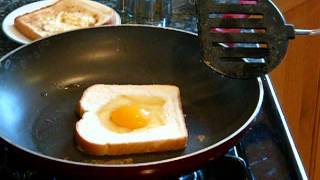 Download Egg-In-The-Hole Toast Video