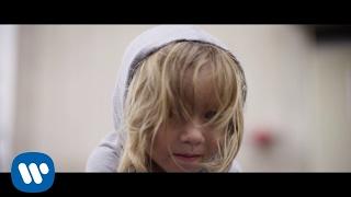 Download Halestorm - Dear Daughter Video