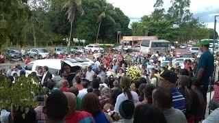 Download Multidão se despede do pastor Rosivaldo em Alagoinhas - TV Alta Pressão Video