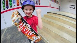 Download 6 YEAR OLD SKATER Vs STAIR SET! Video