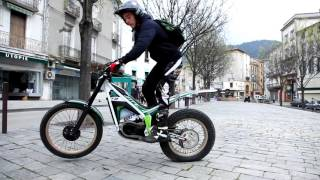Download Electric Motion adult trials bikes at 2 Machs Motorcycles, Northwich Video
