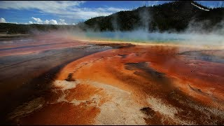 Download Hundreds of earthquakes near Yellowstone supervolcano up eruption fears Video