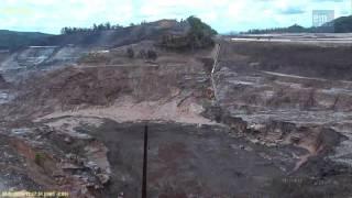 Download Momento do novo incidente na barragem de rejeitos da Samarco Video