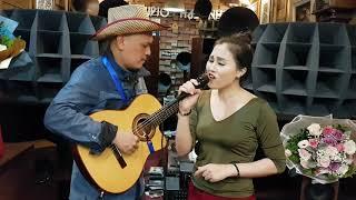 Download Xin anh giữ trọn tình quê - Hạ Vân ( st Duy Khánh ) Video