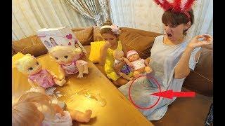 Download YENİ BEBEK LERANIN KUCAĞINA ÇİŞ YAPTI , işeyen bebek, Bou bou altını ıslatan bebek Video