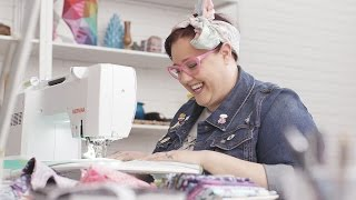 Download Quilter and fabric designer Tula Pink talks about her BERNINA Video
