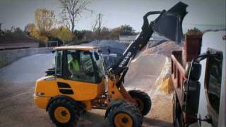 Download Volvo compact loaders L20F and L25F presentation Video