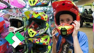 Download New Dirt Bike Helmet Shopping! FINALLY! (Day 1959) Video
