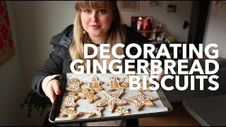 Download Decorating Gingerbread Biscuits | Vlogmas Day 19 Video