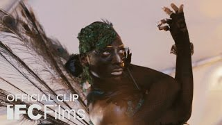 Download Kiki - Clip ″Twiggy & Sara″ I HD I Sundance Selects Video