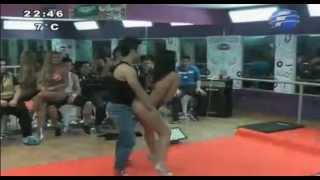 Download La academia: Los chicos bailando con las modelos! Video