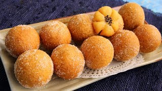 Download Korean chapssal doughnuts (Sweet, chewy, doughnut balls filled with sweet red beans) Video