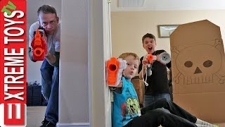 Download Home Alone Nerf Battle! Sneak Attack Squad Protects the House! Video