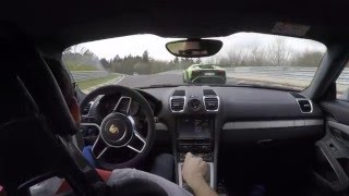 Download Porsche Cayman GT4 vs. Lamborghini Aventador SV Nordschleife Touristenfahrten Video