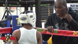 Download MAYWEATHER SPAR WARS: ROGER MAYWEATHER KID DAMIEN VS NATIONAL CHAMP AKEEM CHEATUM Video