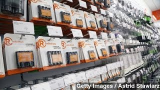 Download RadioShack May Shut Down, Sell Stores To Sprint Video
