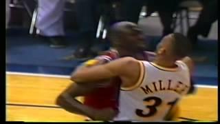 Download Michael Jordan vs Reggie Miller Video