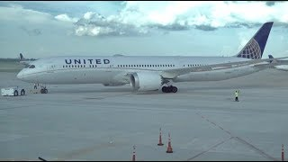 Download UNITED AIRLINES Boeing 787-9 / Los Angeles to Houston / 4K Video Video