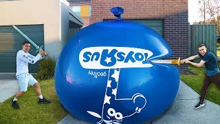 Download GIANT WATER BALLOON THAT NEVER POPS!! (IMPOSSIBLE CHALLENGE) Video