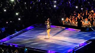 Download Rihanna - Diamonds Live In Johannesburg 2013-10-13 Diamonds World Tour Video