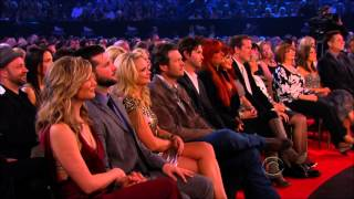 Download Vince Gill & Carrie Underwood (Jesus take the wheel & How Great thou Art ) Video