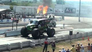 Download Grave Digger drag racing...Awesome vid you have to check it out. Video
