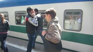 Download ЧС7-144 с поездом №005Ф «Узбекистан» Ташкент – Москва прибывает на Казанский вокзал Video