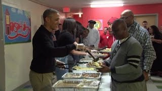 Download President Obama serves Thanksgiving dinner Video
