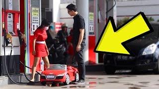 Download KE SPBU NAIK MOBIL MAINAN! Mbaknya Bingung!! Prank Indonesia Yudist Ardhana. Video