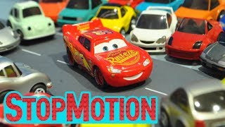 Download Movie Cars 3 : Lighting McQueen's Driving - Stop Motion Video